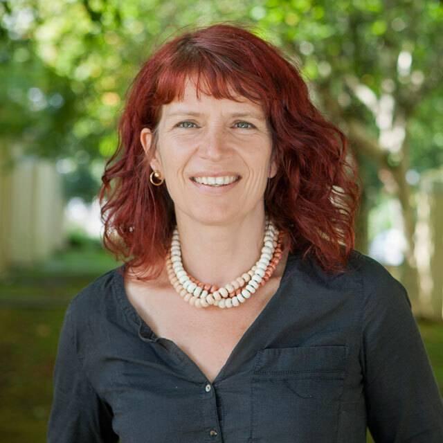 Dr Clare Pettinger