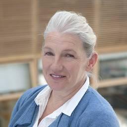 Dr Suzanne Nunn