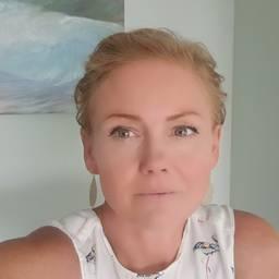 Dr Helen Lloyd Associate Professor of Psychology