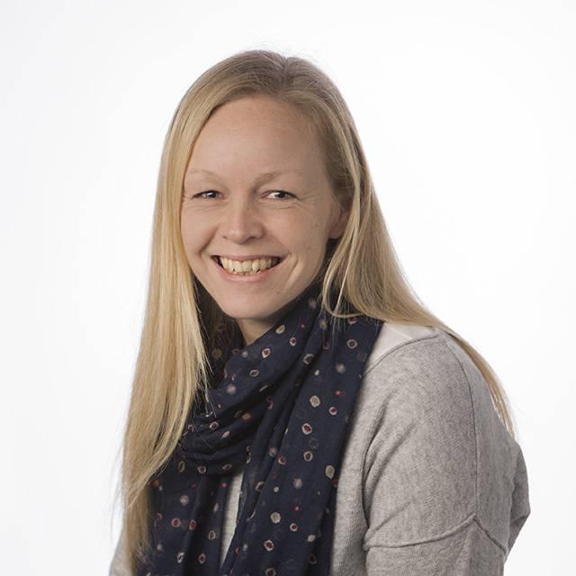 Mrs Karen Aspinall