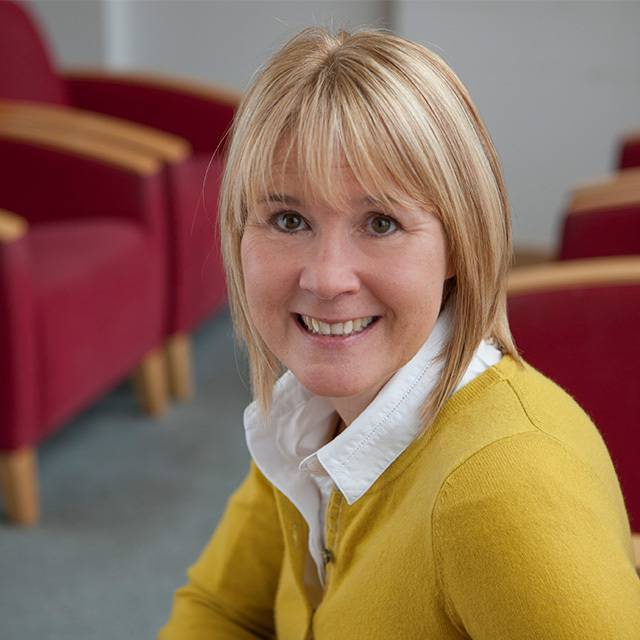 Mrs Carole Stoddard