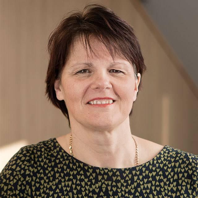 Mrs Jayne Brenen