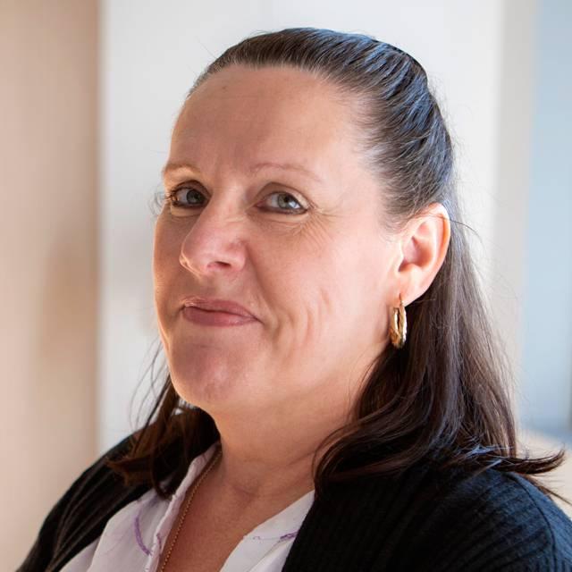 Mrs Pam Bennett