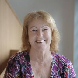 Mrs Linda Worth Senior Administrator