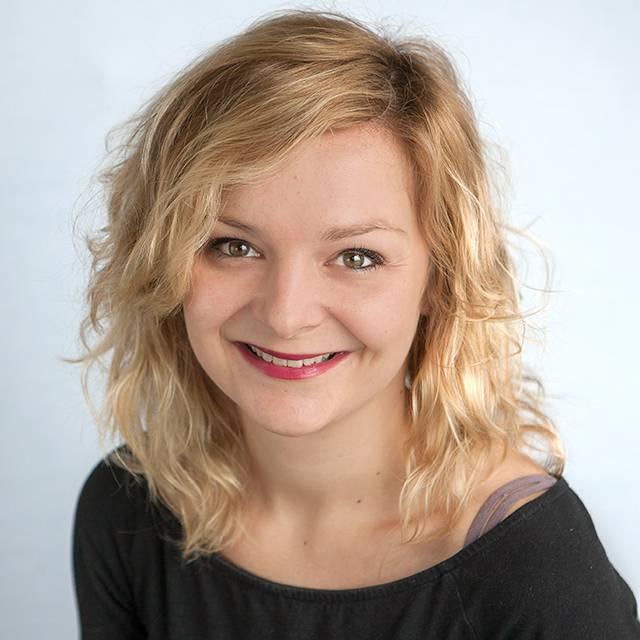 Mrs Karolina Garghouti-Blicharz