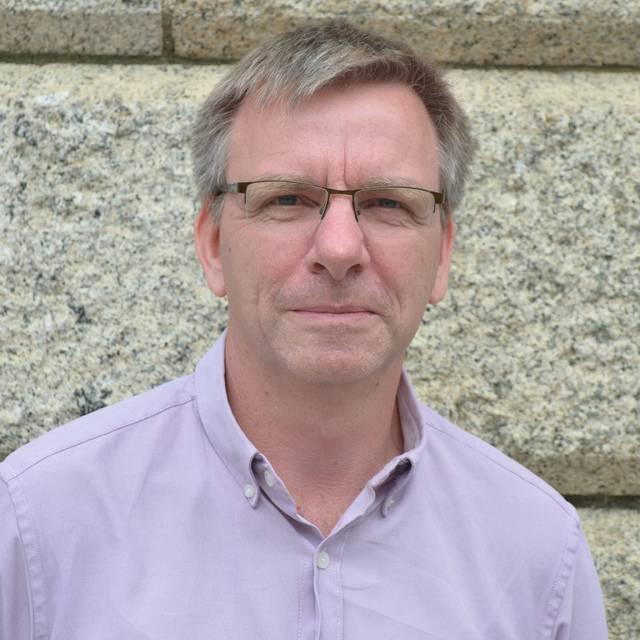 Mr Duncan Wadey