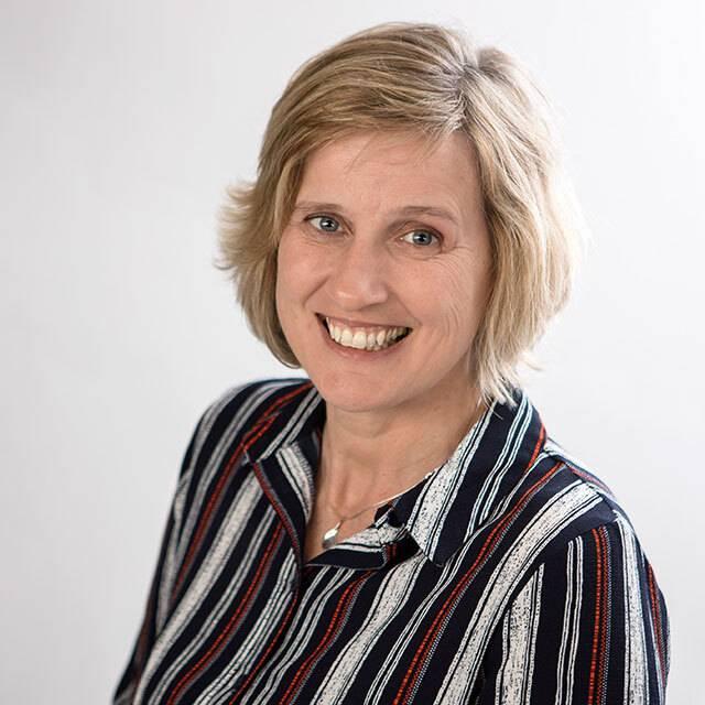 Mrs Rebecca Lawes