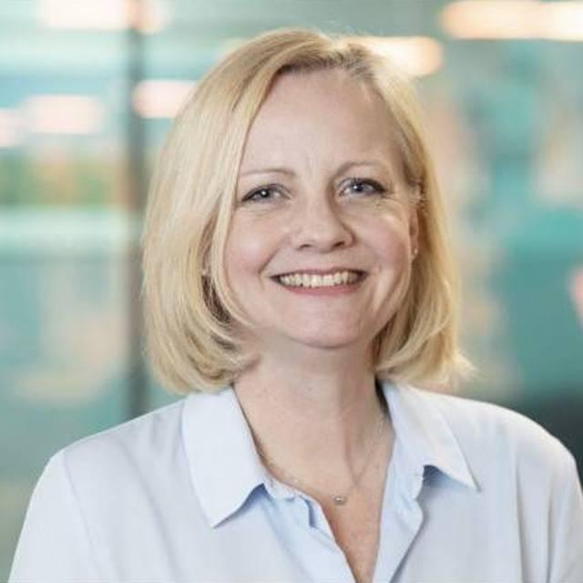 Ms Andrea Kemp
