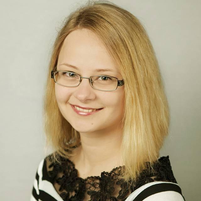 Miss Éva Varga