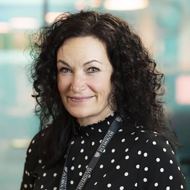 Mrs Nikki Reid-Foster