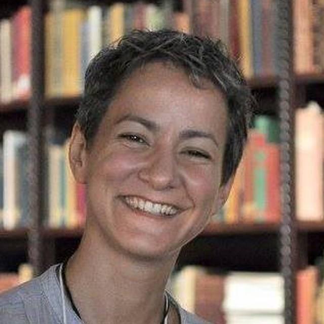 Dr Marina Logares