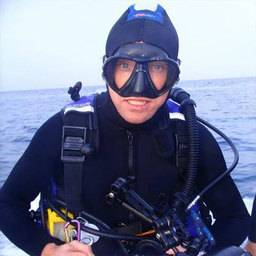 Mr Richard Gannon Diving Instructor/ Dive System Engineer