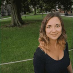 Mrs Stephanie Hartgen-Walker Teaching and Research Associate