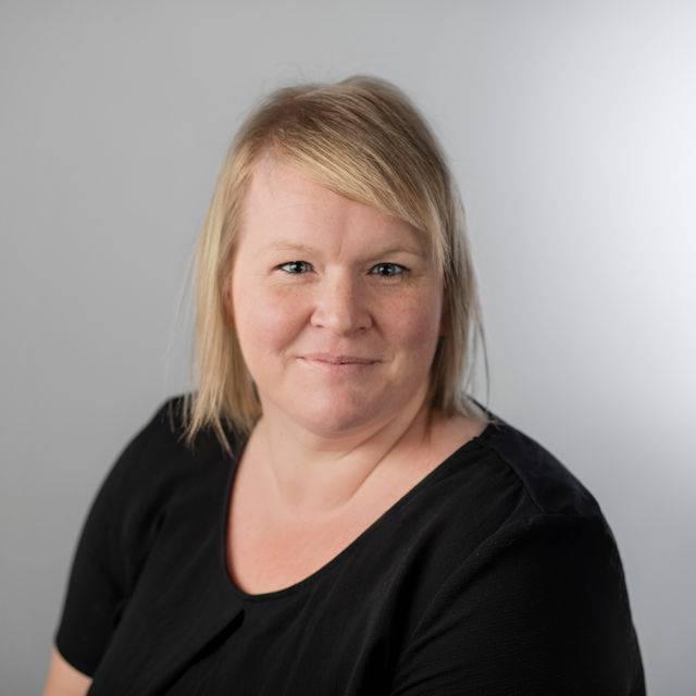 Mrs Nicola Tonkin