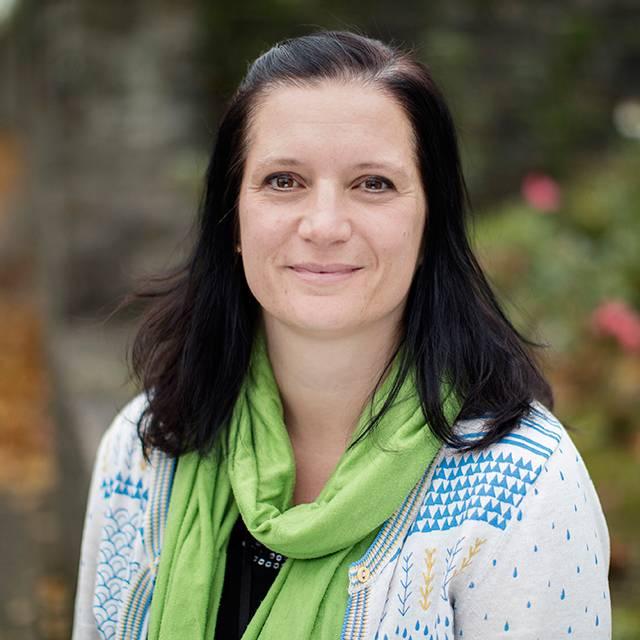 Dr Nadine Schaefer