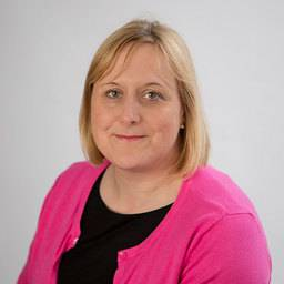 Mrs Leeshia Walton Lecturer in Midwifery