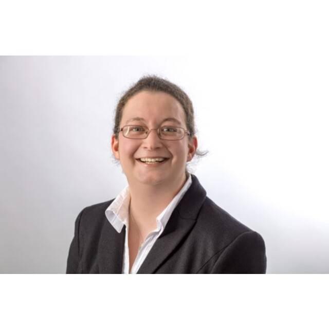 Dr Simone Schroff