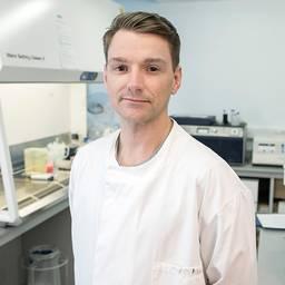 Alex Strachan Technical Specialist (Electron Microscopy)