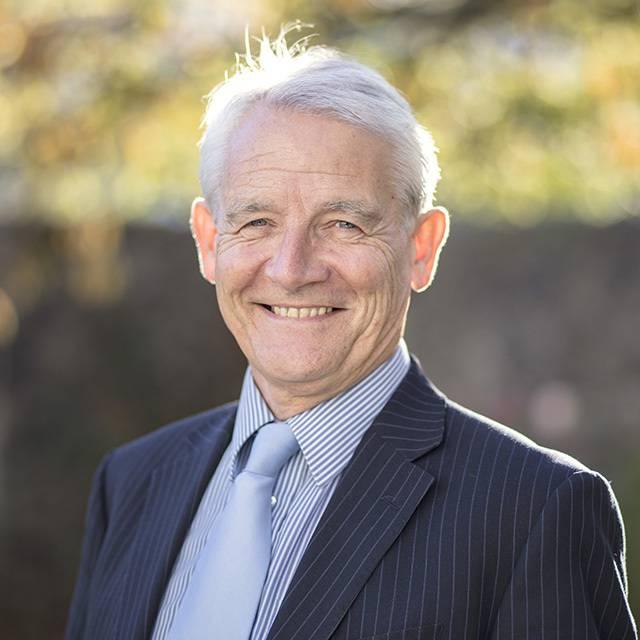 Mr Nigel Howells