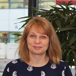 Dr Sarah Griffiths Research Fellow in Complex Intervention Development