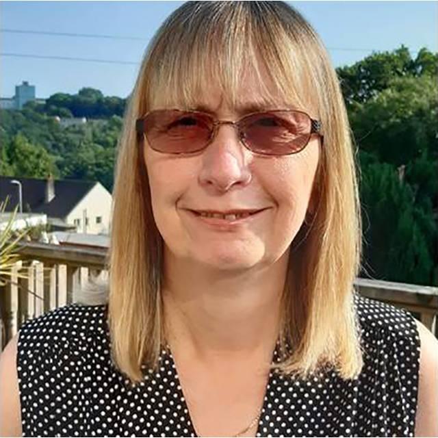 Mrs Julie Dyer