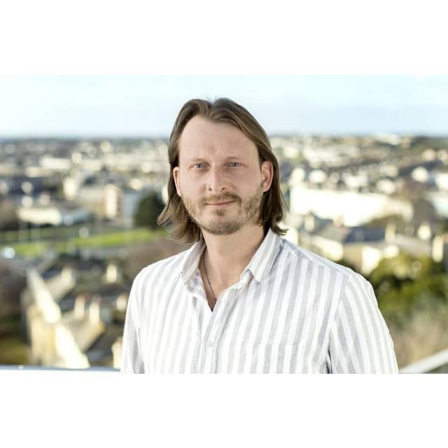 Mr Luke Fisher
