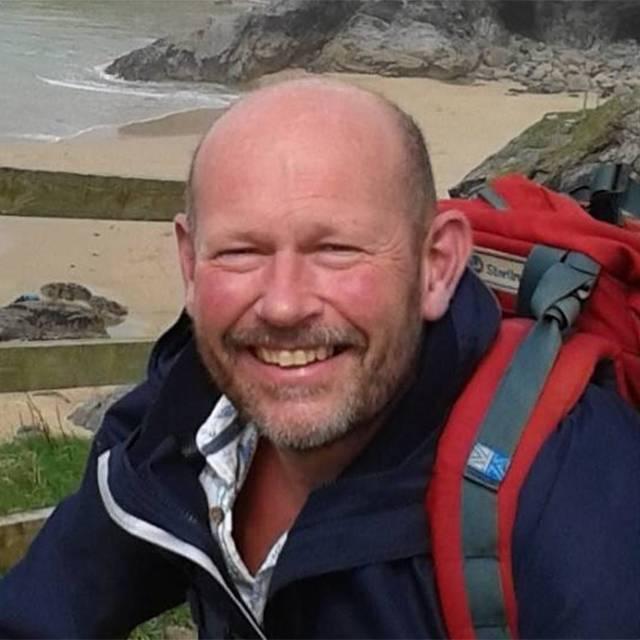Mr Dave Pattison
